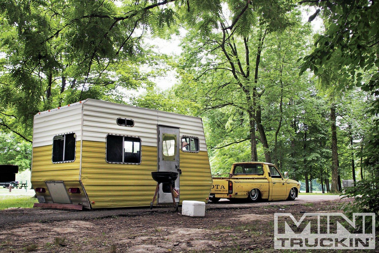 camp-trailer