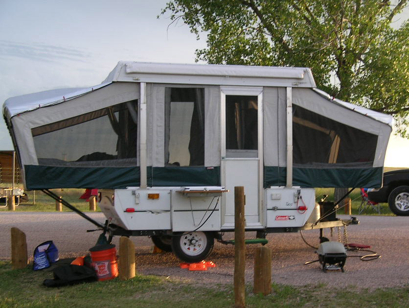 folding camping trailer pop up