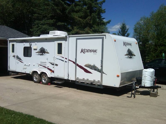 travel-trailer-toy-hauler