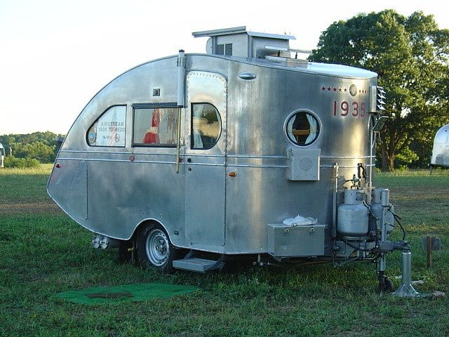camping trailers manufacturers