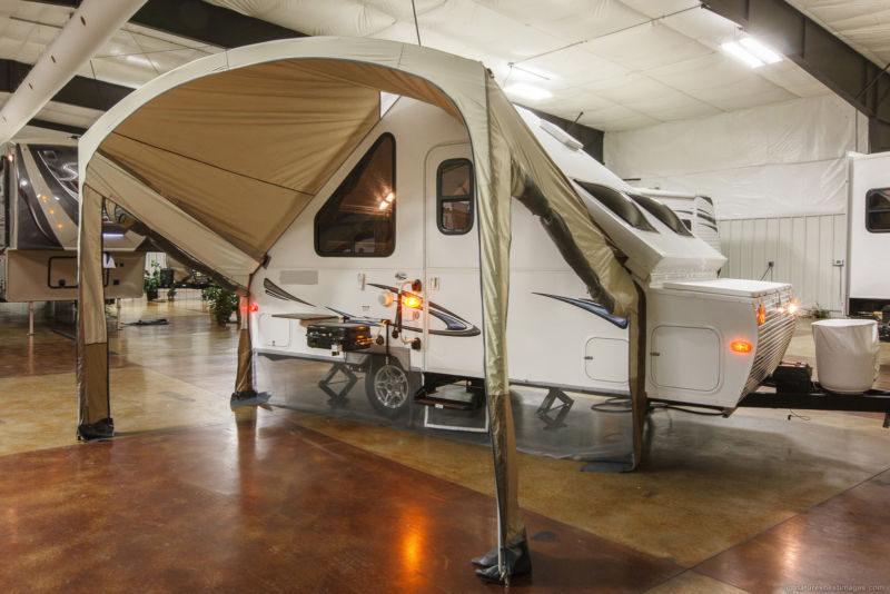 folding travel trailers