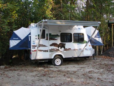 hybrid camping trailers