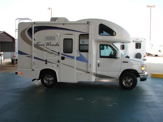Small motorhomes for sale camper photo gallery for Slide out motor manufacturers