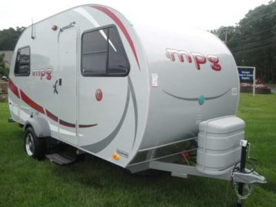 small trailer camper