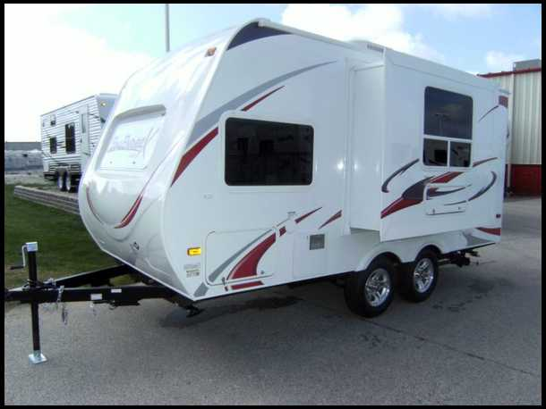 very small travel trailers